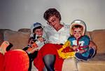 1899(c)_10 Mom Chris Ross 6549
